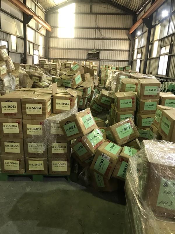 台北市搬家案例.北醫庫房整理紙箱與移動上架定位2