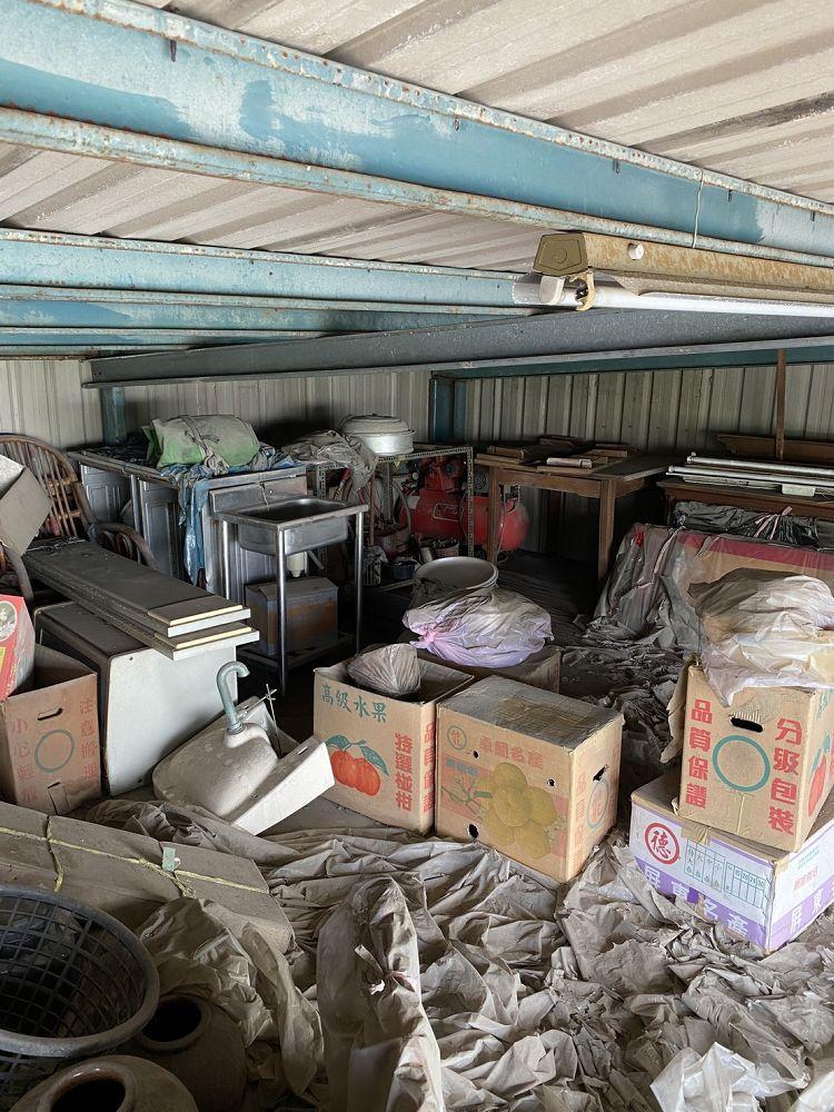 桃園市龜山區搬家案例.清運廢棄物,鐵皮屋共2層,三台車次4