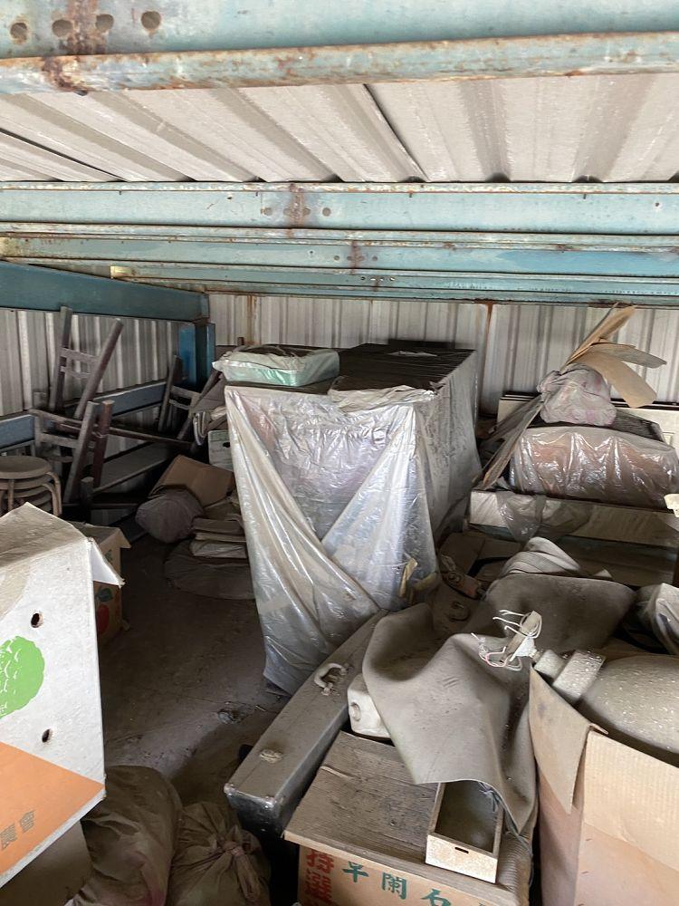 桃園市龜山區搬家案例.清運廢棄物,鐵皮屋共2層,三台車次5